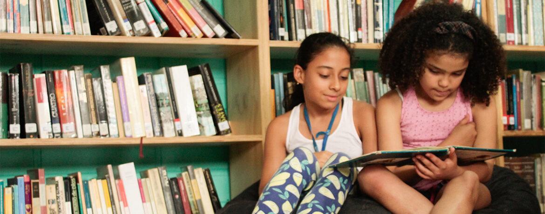 Propiciar el acercamiento a elementos sonográficos y de manejo de voz a niños de 9 a 13 años para que colectivamente se construya una radio novela.